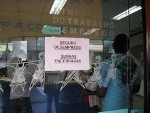 Greve - fila por seguro desemprego