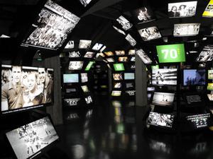 Atividade dentro do Museu do Futebol testa os conhecimentos do público sobre o esporte.