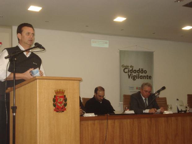 Prefeito de São Paulo, Gilberto Kassab, esteve no lançamento das cartilhas.