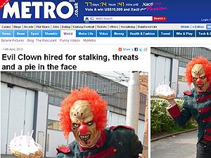 Dominic Deville é pago para aterrorizar as crianças por uma semana.