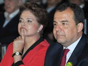 A candidata à Presidência pelo PT, Dilma Rousseff, acompanhada pelo Ministro dos Esportes, Orlando Silva , do governador e candidato a reeleição, Sérgio Cabral (d), e do prefeito Eduardo Paes, visita o Comitê Olímpico Brasileiro (COB), na Barra da Tijuca