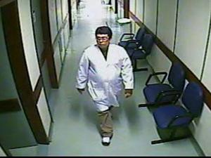 DCAV divulga fotos do falso médico que liberou menina desacordada