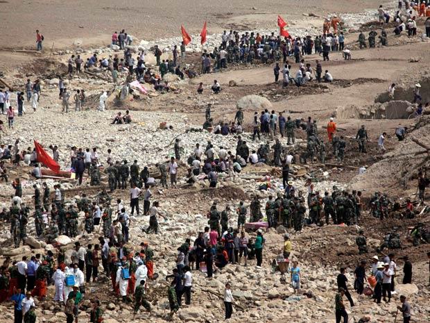 O local do deslizamento de lama e água das chuvas, que matou mais de 700 pessoas