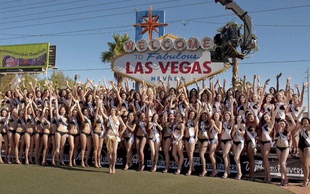 Candidatas ao Miss Universo 2010 posam para fotos em Las Vegas
