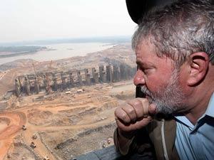 Presidente Lula sobrevoa obras da Usina de Santo Antônio, no Rio Madeira, em Rondônia