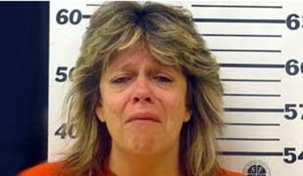 Andrea Elliot ligou para a polícia para reclamar que estava sendo presa.