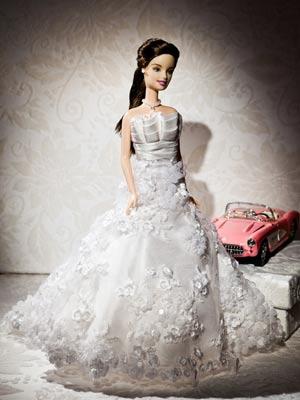Noivas desembolsam até R$ 500 por Barbie com vestido, véu e grinalda idênticos aos usados no casamentos