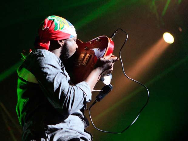 O cantor Wyclef Jean, que se candidatou a presidente do Haiti, durante show na Bélgica