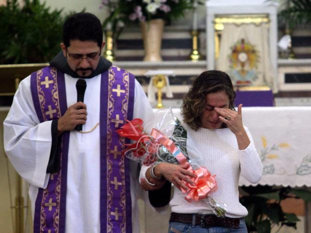 Missa de 30 dias em homenagem a Rafael Mascarenhas, filho de Cissa Guimarães