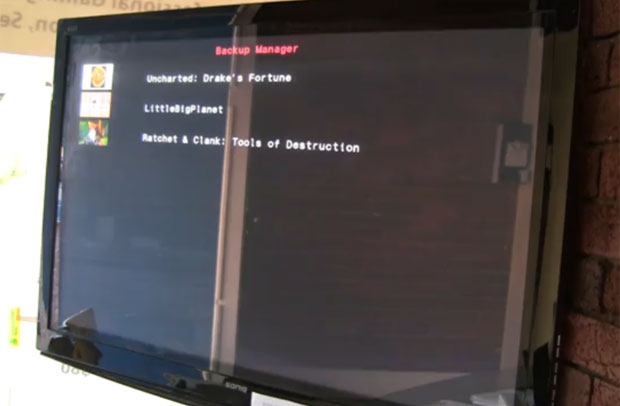 Reprodução de vídeo que circula na internet que mostra como funciona o desbloqueio do PS3.