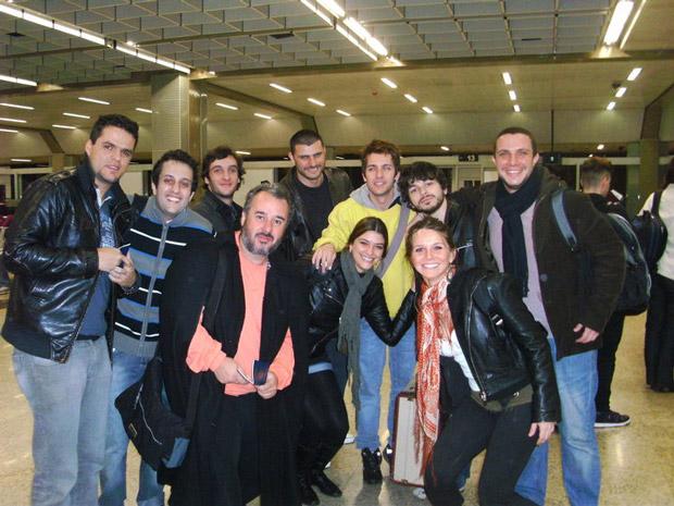 http://s.glbimg.com/jo/g1/f/original/2010/08/21/grupo-de-teatro-otimismo.jpg