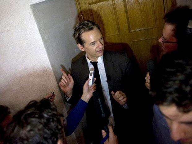 O criador do Wikileaks, Julian Assange, em entrevista durante visita à Suécia
