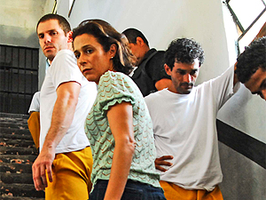 Cena de 'Salve geral', de Sergio Rezende: premiado quatro vezes em Miami.