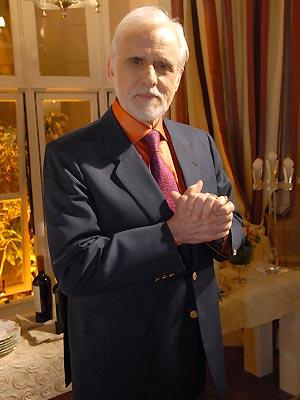 O ator Francisco Cuoco, que interpreta o empresário Olavo na novela 'Passione'