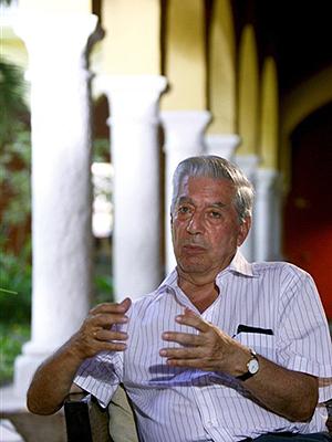 O escritor Mario Vargas Llosa: novo livro narra vida de diplomata gay.