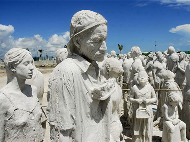 As esculturas são feitas com material especial que recupera e atrai a proliferação de algas e vida aquática benéficas ao oceano. Atualmente, o Parque é visitado por cerca de 750 mil turistas todo ano, e Taylor acredita que a novidade deverá atrair um maior número de curiosos.