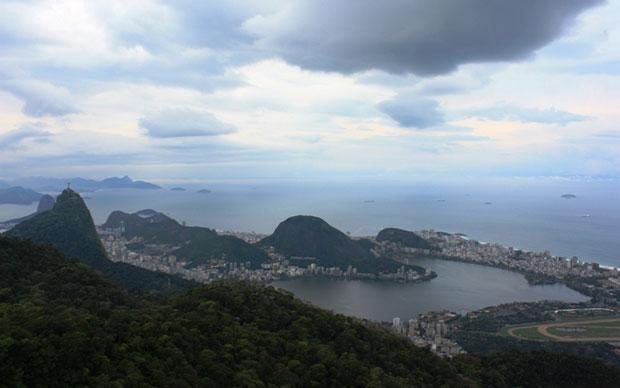 Céu nublado no início da manhã no Rio