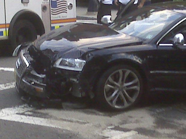 Imagem de celular mostra como ficou o carro que Tom Brady dirigia