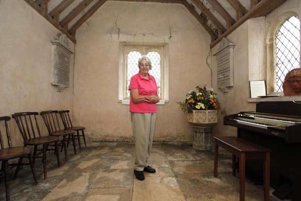 Igreja em Foxley foi reconhecida como a menor do Reino Unido.