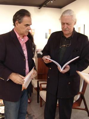 Max Perlingeiro e Wesley Duke Lee em foto de 2006