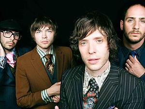 A banda OK Go, com Tim Nordwind à esquerda