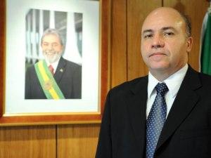 Ministro interino da Casa Civil, Carlos Eduardo Esteves Lima.