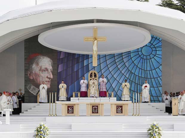 Bento XVI, durante cerimônia que encerrou sua viagem ao Reino Unido