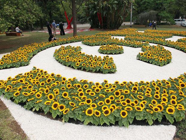 Jardim criado pela artista plástica Beatriz Milhazes no Parque do Ibirapuera