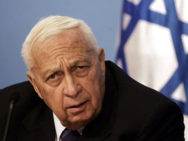 Ariel Sharon em 16 de novembro de 2005.