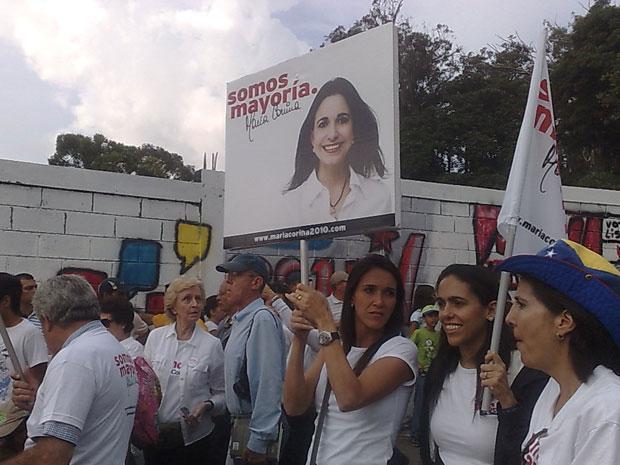 Oposicionistas fazem passeata nesta quinta-feira (23) em Miranda.