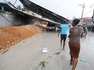 Chuvas causam destruições em Porto Príncipe