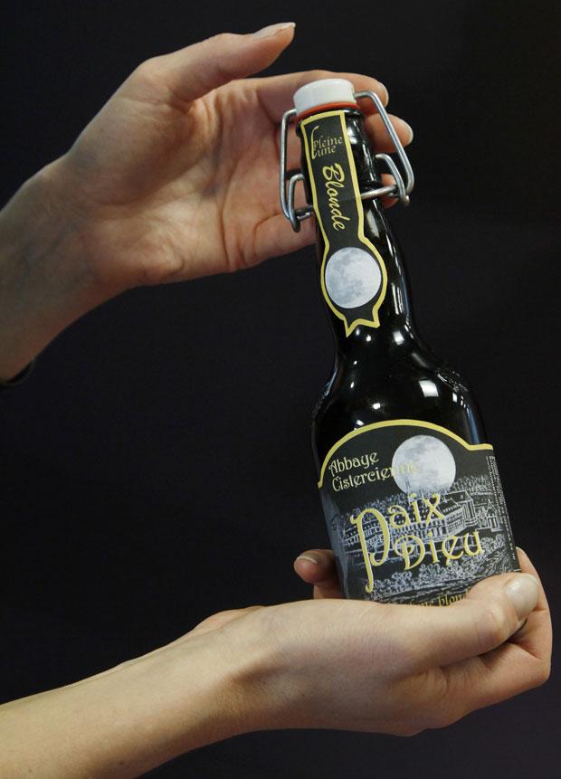 Fermentação com luz da lua cheia foi 'mais rigorosa', explicou dono da cervejaria belga