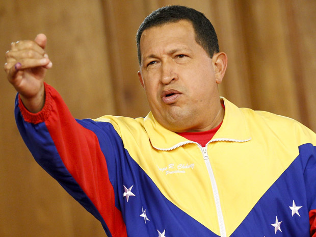 O presidente venezuelano, Hugo Chávez, comenta o resultado das eleições parlamentares durante entrevista coletiva nesta segunda (27) no Palácio Miraflores, em Caracas