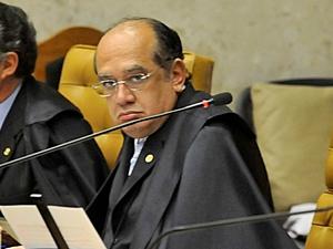 Ministro do Supremo Tribunal Federal (STF) Gilmar Mendes durante sessão plenária nesta quarta-feira (29).