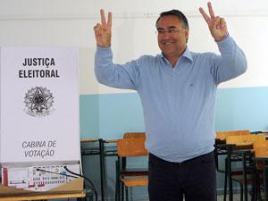 Raimundo Colombo (DEM), eleito governador em Santa Catarina.