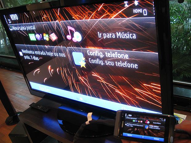 Nokia N8 pode ser ligada a TVs por cabo HDMI incluso.