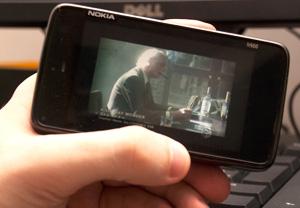 Vídeos podem não ficar em tela inteira dependendo da resolução do aparelho e das imagens.