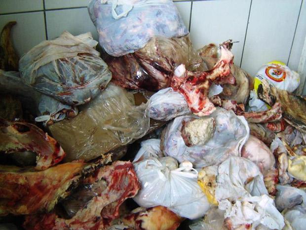 Cerca de quatro toneladas de carne foram apreendidas no RS