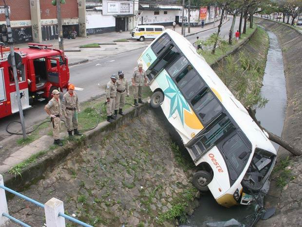 ônibus valão