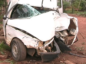 Carro desgovernado mata quatro pessoas em Rondônia
