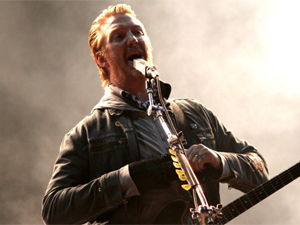 Queens of the Stone Age se apresenta no SWU
