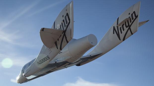 A SpaceShipTwo realizou voo autônomo sobre o deserto de Mojave, na Califórnia (EUA)
