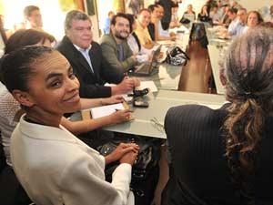 Marina Silva (PV) em reunião de seu partido nesta quarta-feira (13) em Brasília
