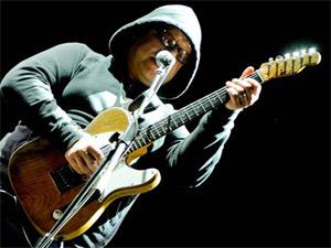 Francis Black durante apresentação dos Pixies no festival SWU, em Itu (Foto: Flavio Moraes/G1)
