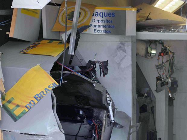 Resultado de imagem para explosão de caixas eletronicos em pernambuco
