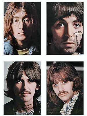 Fotos do 'The White Album' com assinaturas originais dos Beatles foi vendida por US$ 33 mil.
