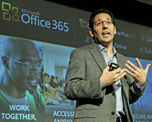 Chris Capossela, vice-presidente sênior, Microsoft Office, durante o lançamento do Office 365, em San Francisco