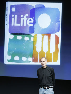 Steve Jobs apresenta novas versões do Mac e iLife