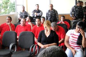 Nove réus no caso Eliza participam de audiência no Fórum de Esmeraldas