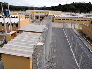 Central de telefonia ficará instalada dentro da Penitenciária de Cariacica
